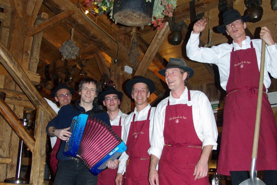 Bar restaurant animation DJ accordéon